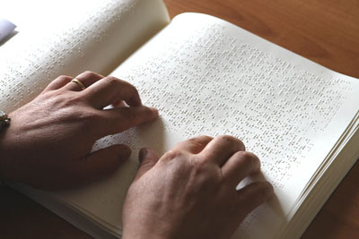 Un libro in Braille